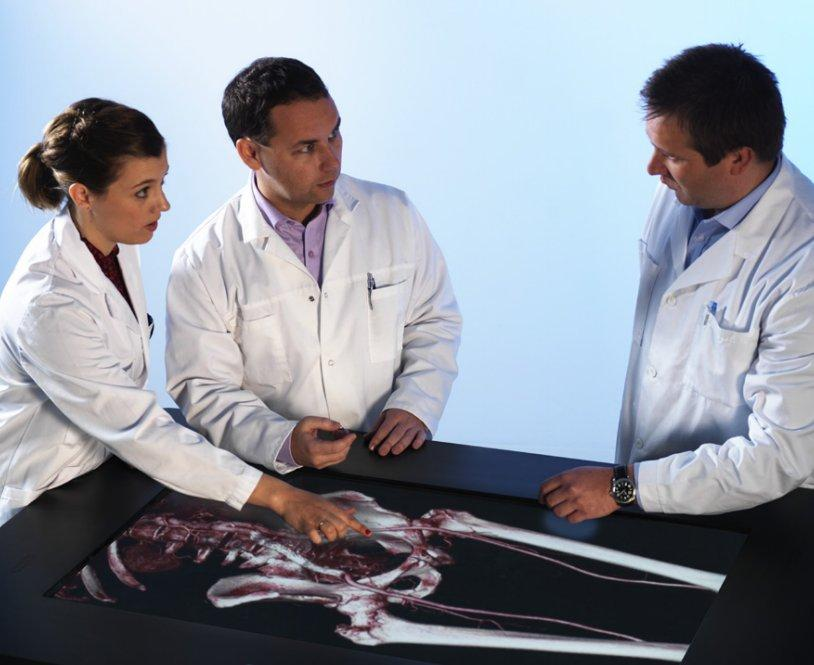 The high resolution, 3D, multi-touch Sectra Visualization Table caters for simultaneous, multi-user interactive collaboration