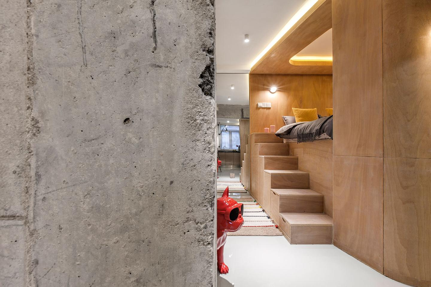 Chinese architectural firm TOWOdesign has recently transformed a tiny apartment in central Shanghai into a unique smart home