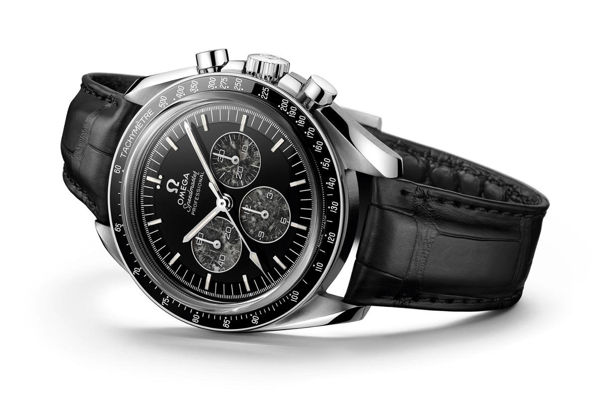 The Speedmaster Moonwatch 321 Platinum reintroduces the Calibre 321