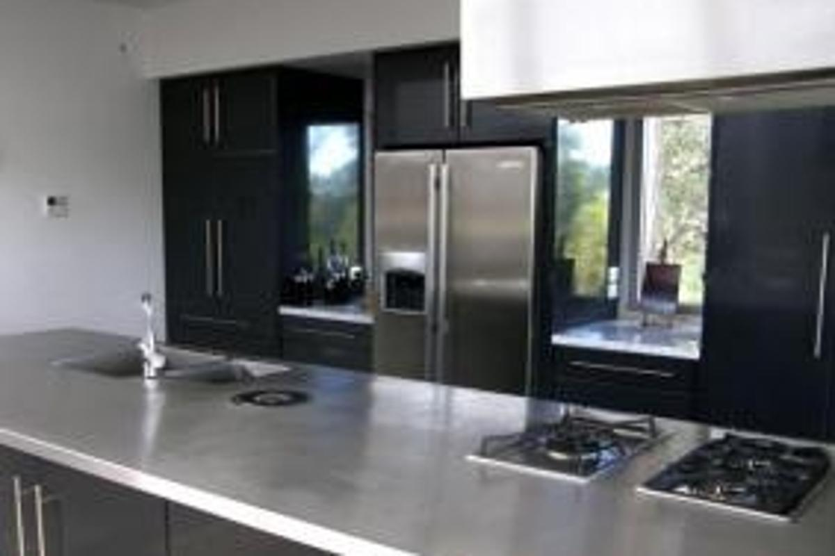 Wanted: self-cleaning stove tops and garbage cans