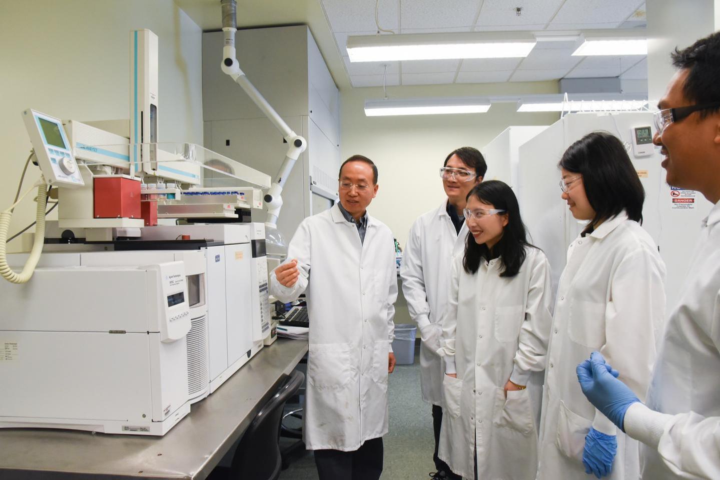 Hanwu Lei and his team at WSU