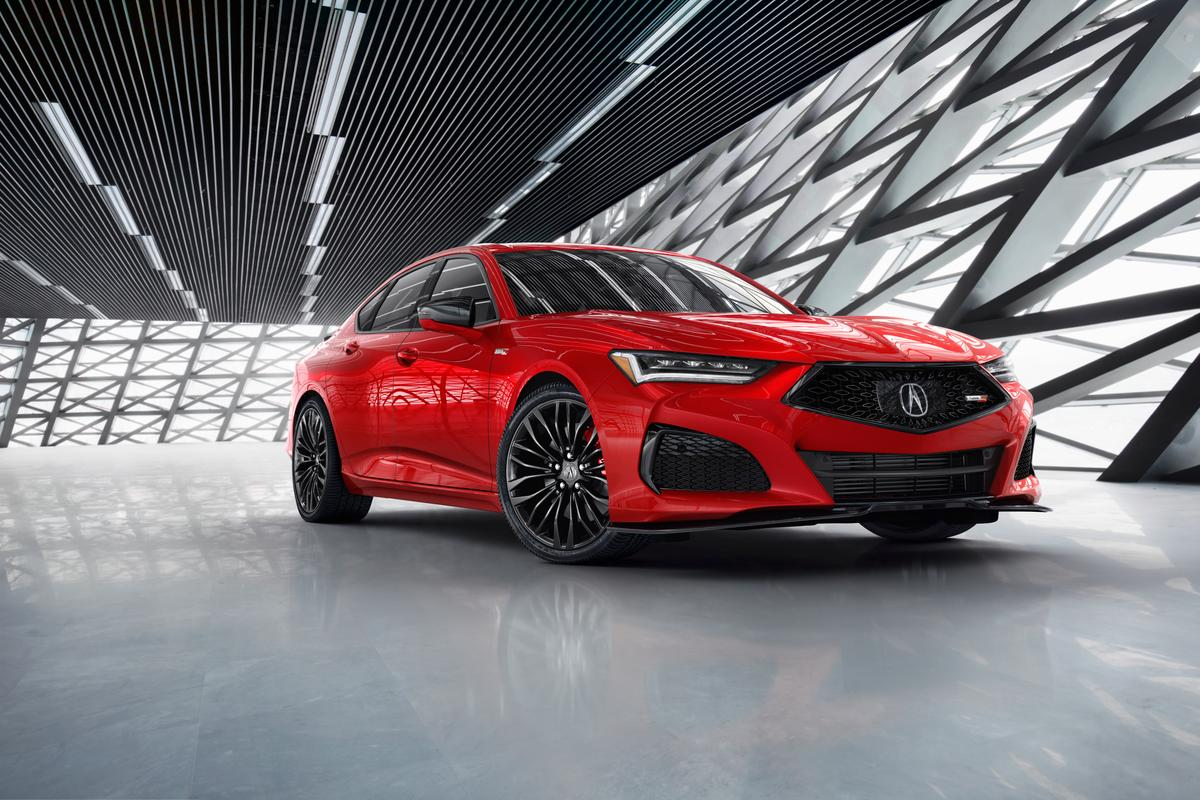 Acura debuts the new second-gen TLX