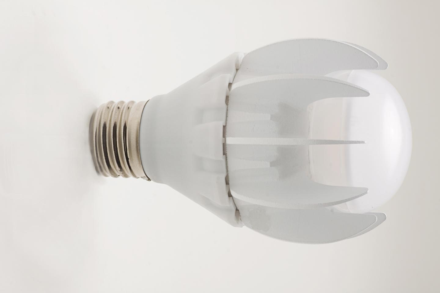 GE has announced the addition of a 100 W incandescent equivalent to its range of LED replacement light bulbs
