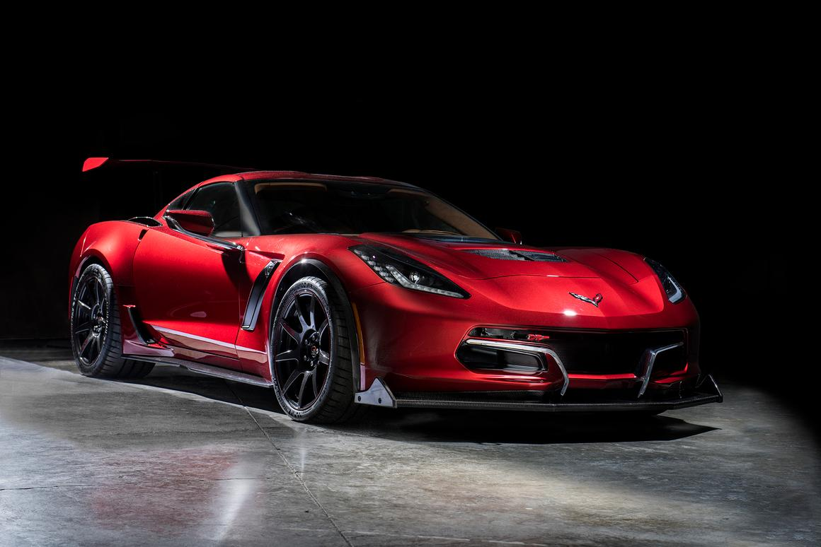 The Genovation GXE has broken its own production electric speed record with a 210.2 mph pass