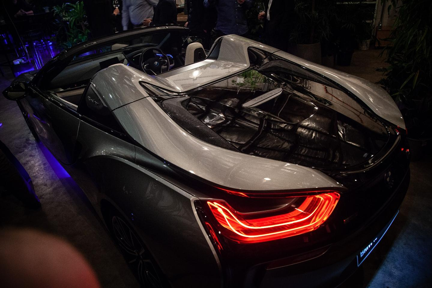 BMW i8 Roadster: sexy hybrid supersports car with the roof off