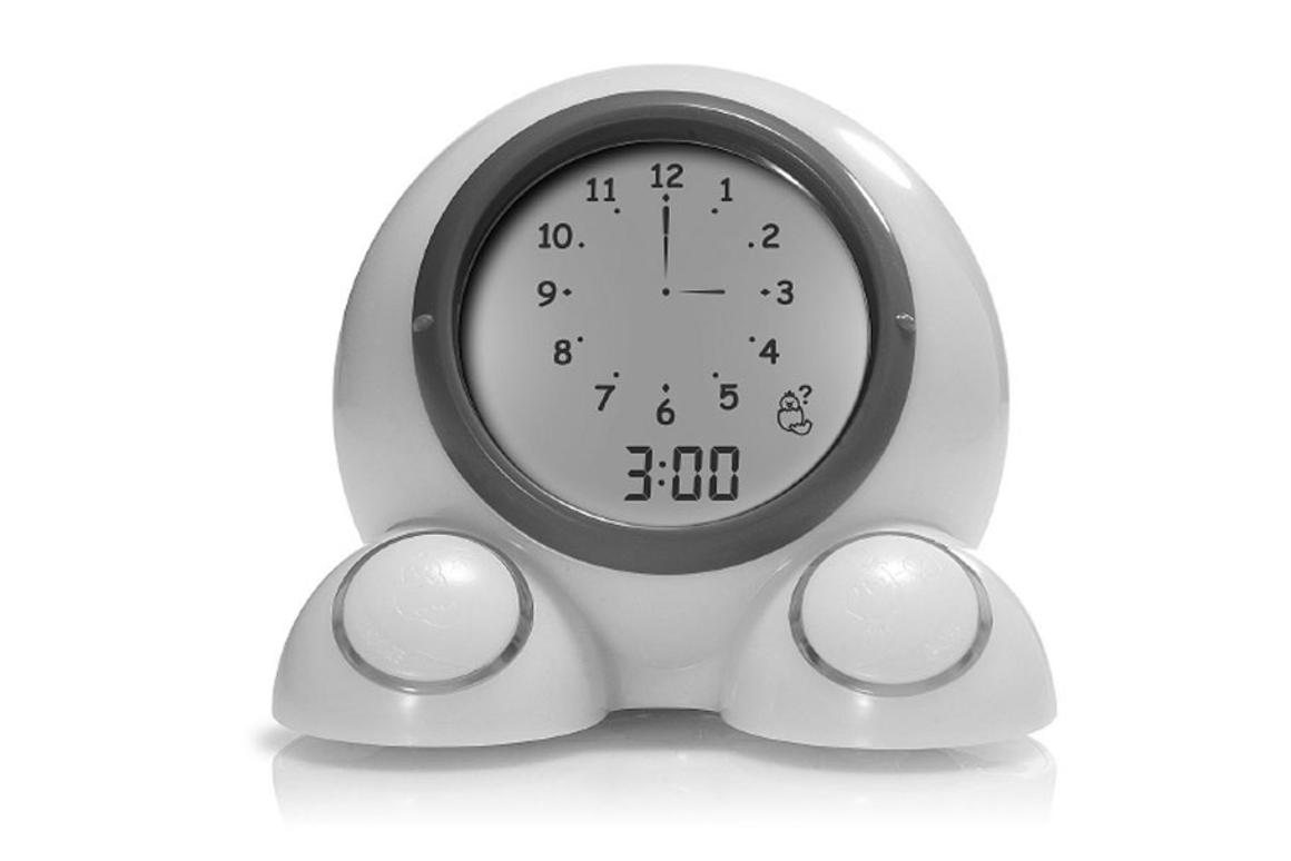 Talking alarm clock shows kids when it's OK to get out of bed