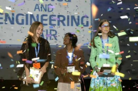 Hannah Wolf from Allentown, Pa., Madhavi Gavini from Starkville, Miss.; and Meredith MacGregor from Boulder, Colo., receive top honors at the 2006 Intel ISEF