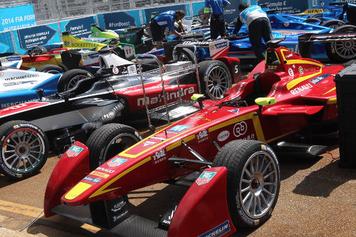 20 Formula E cars from 10 teams will race in the 2015/2016 FIA Formula E Championship (Photo: FIA)
