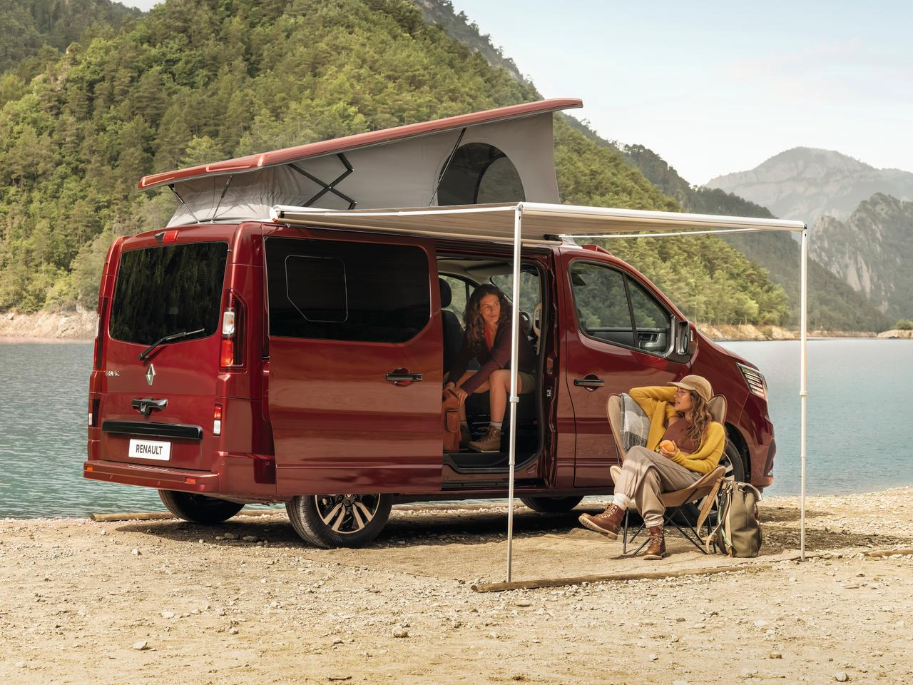 No pre-delivered deck or outhouse here, the SpaceNomad features a classic mid-size camper van layout with fold-down lower bed, pop-up sleeper roof and available side awning