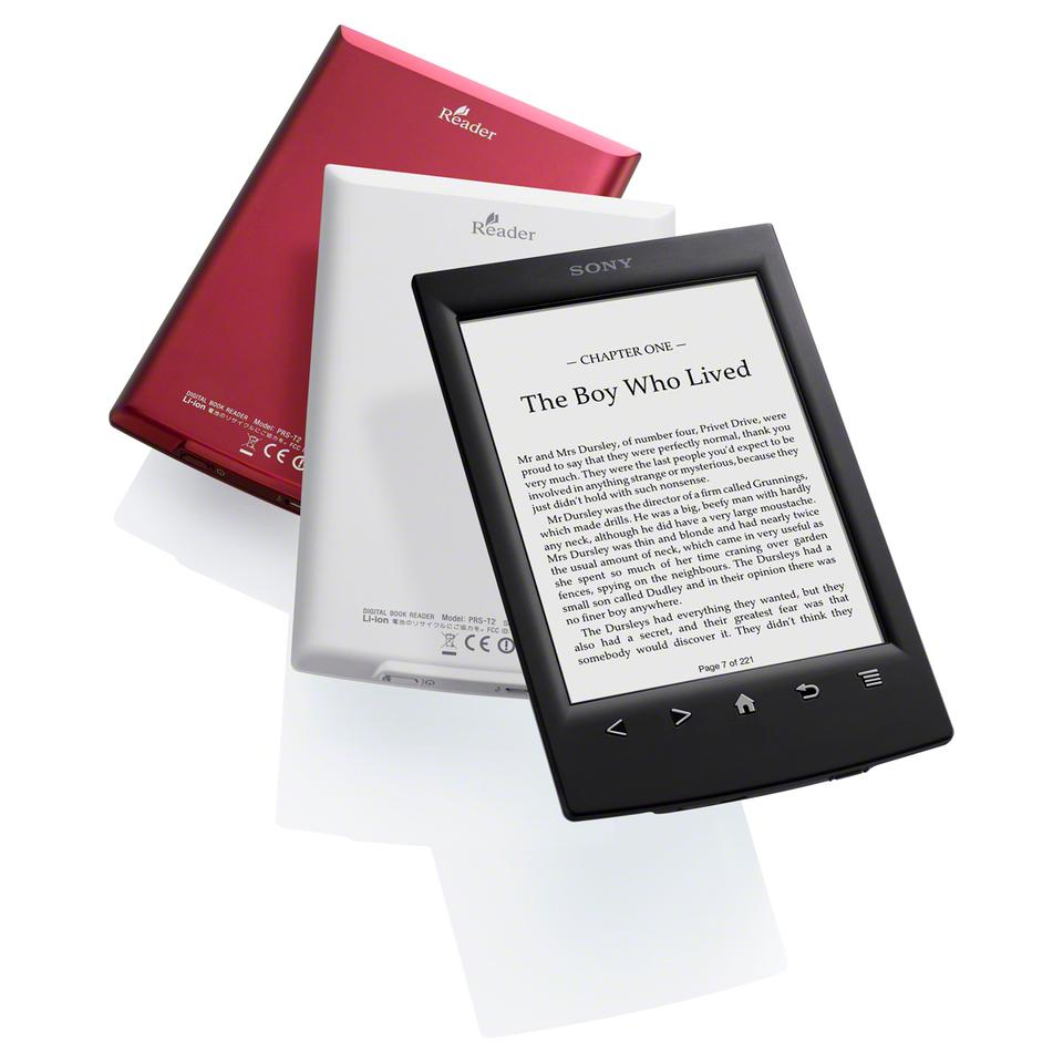 Sony's new Reader features a 6-inch, 600 x 800 pixel resolution E-Ink Pearl V220 antiglare touch screen with a 16-level gray scale