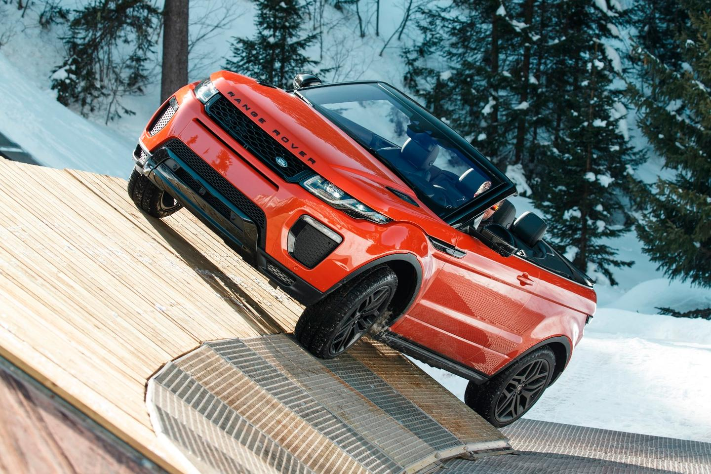 The Evoque Convertible shows its ability to handle a lean angle approach