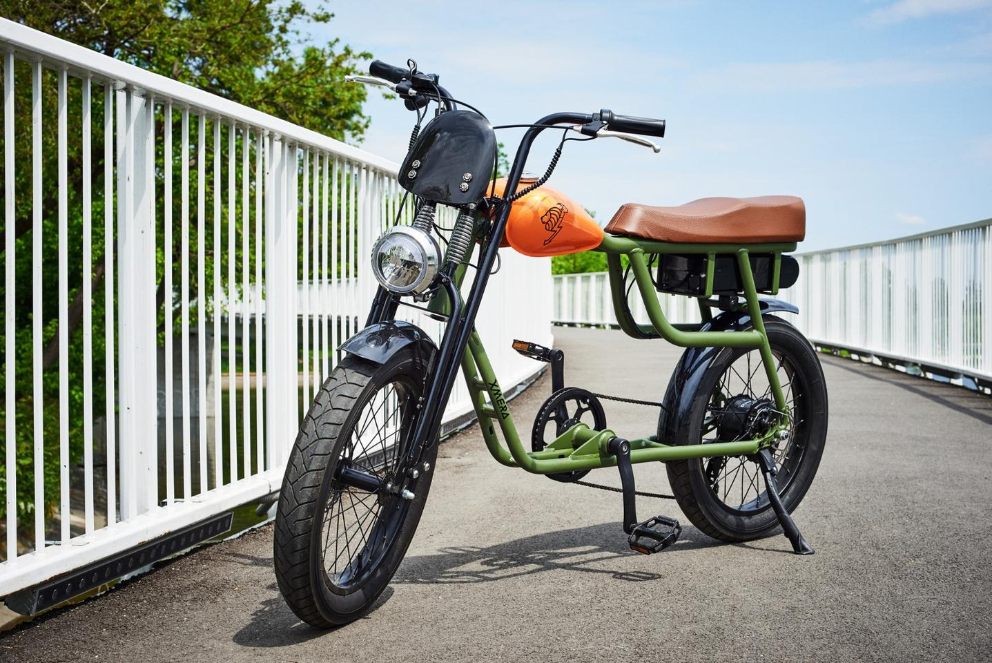 The base model Xmera incorporates a 250-watt rear hub motor, powered by a 36V/10Ah Samsung lithium-ion battery
