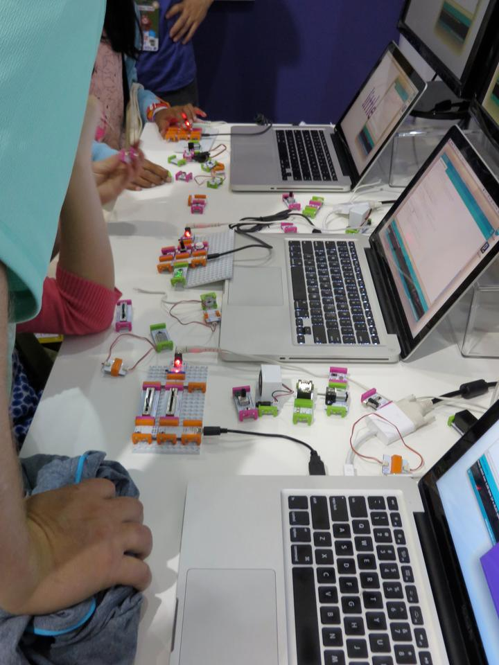 LittleBits Arduino modules hooked up to laptops at Maker Faire