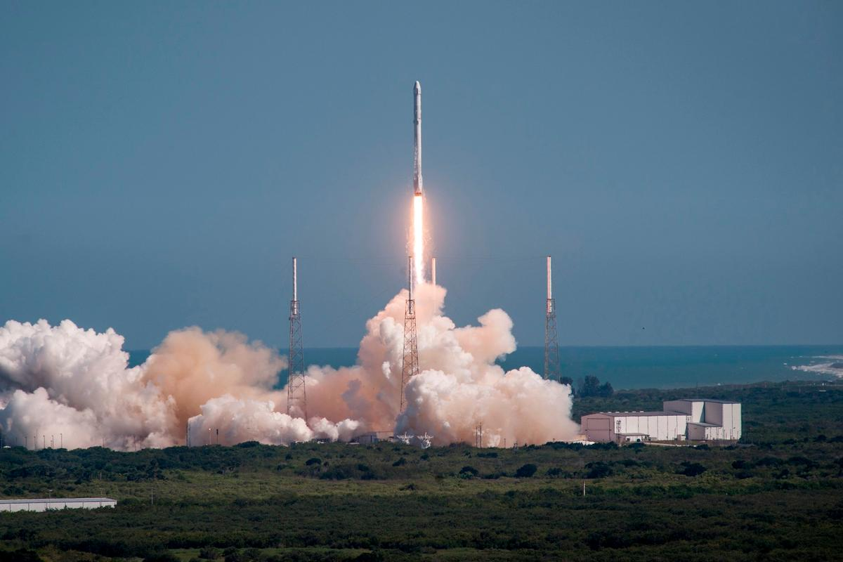 A Falcon 9 lifting off on the CRS-6 mission to the International Space Station