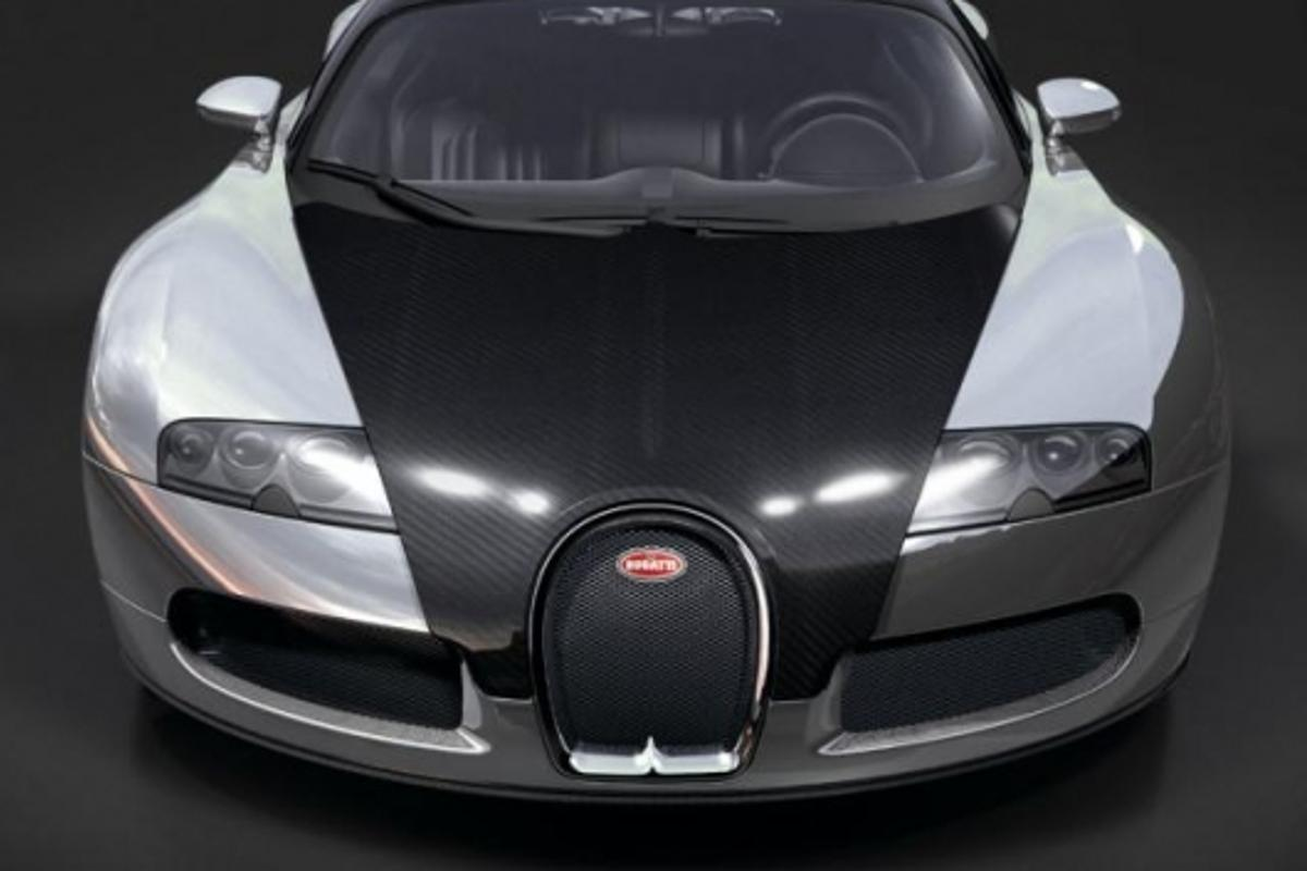 The paintless Bugatti Veyron Pur Sang