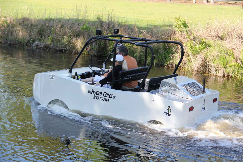CAMI's diesel-electric hybrid amphibious Hydra Gator