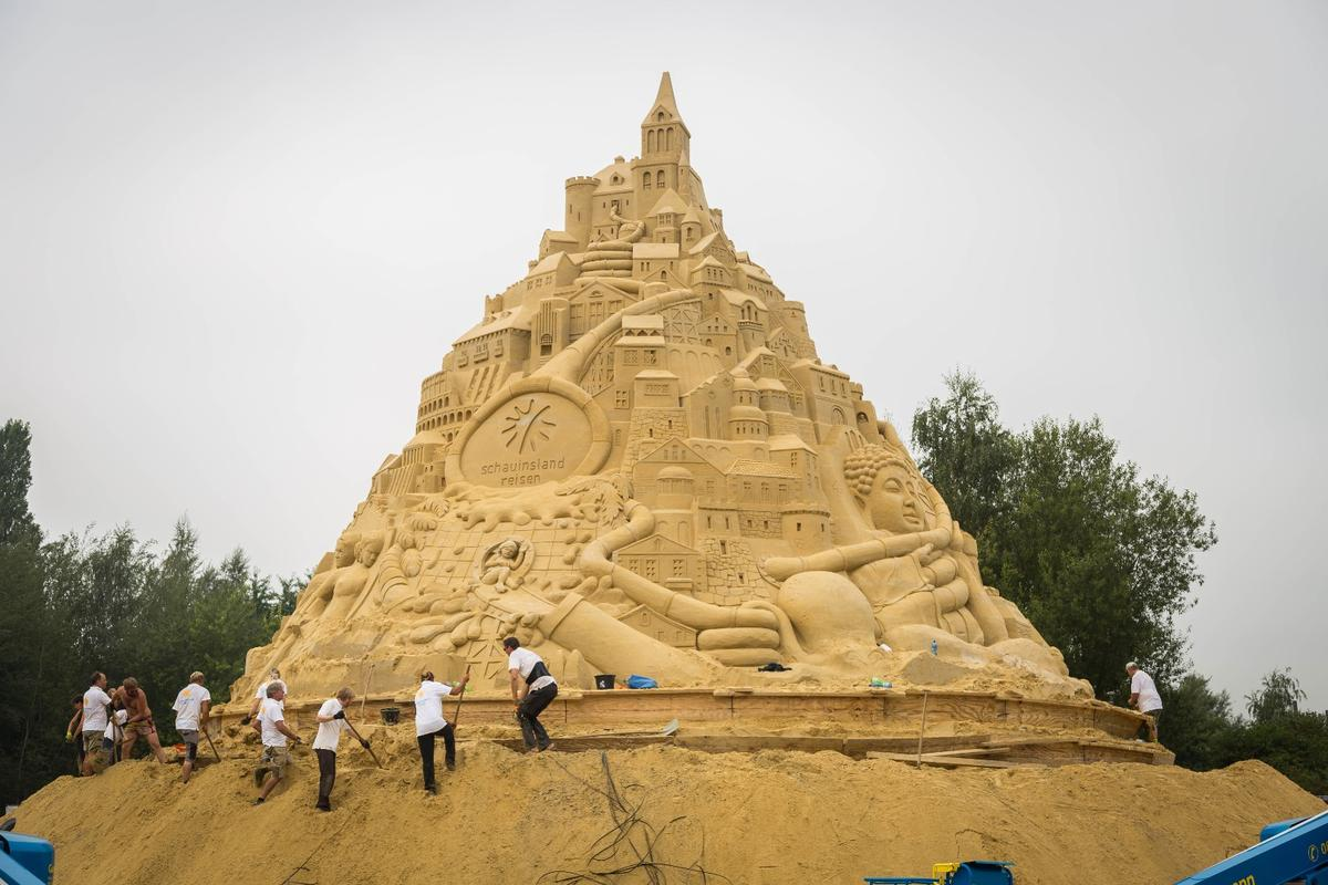 The sandcastle will remain in place at Duisburg-Nord Landscape Park until September 29