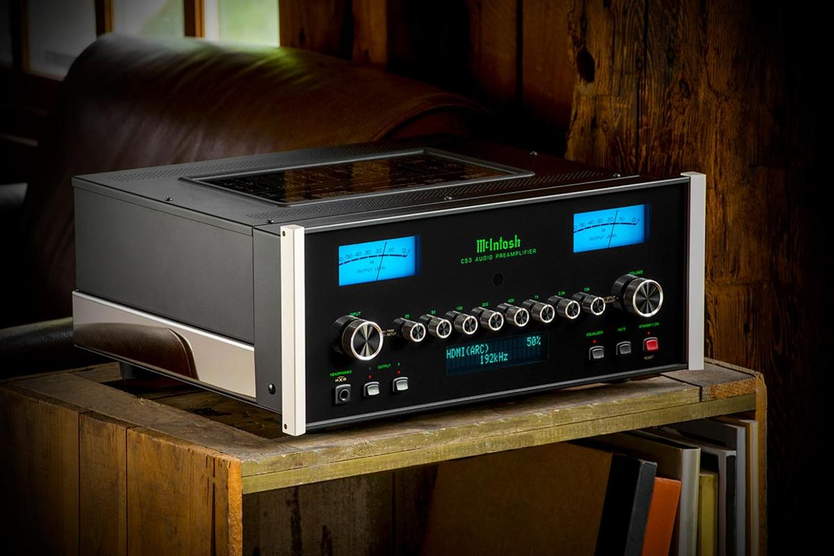 The DA2 Digital Audio Module makes it debut in the C53 2-channel solid state preamplifier