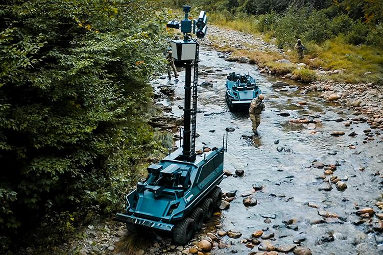 Mission Master – Armed Reconnaissance robot with mast extended