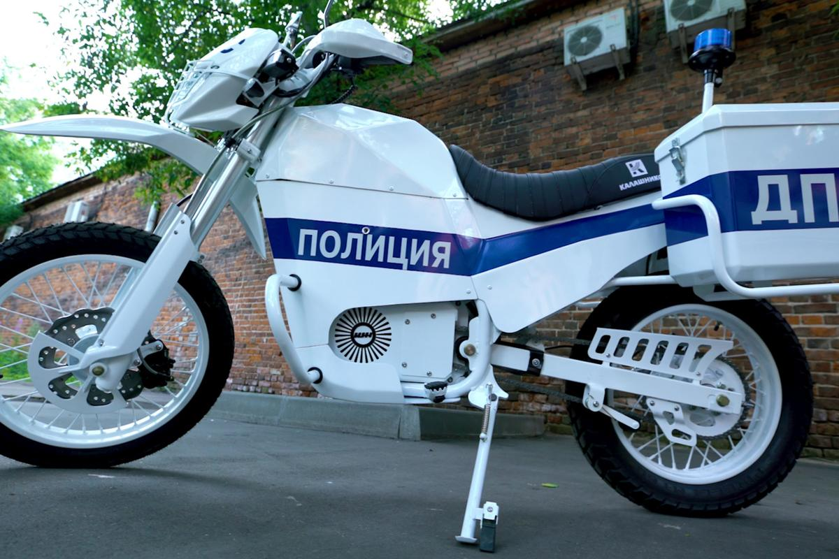 Kalashnikov electric motorcycle: basic and utilitarian design, not unlike the AK-47 itself