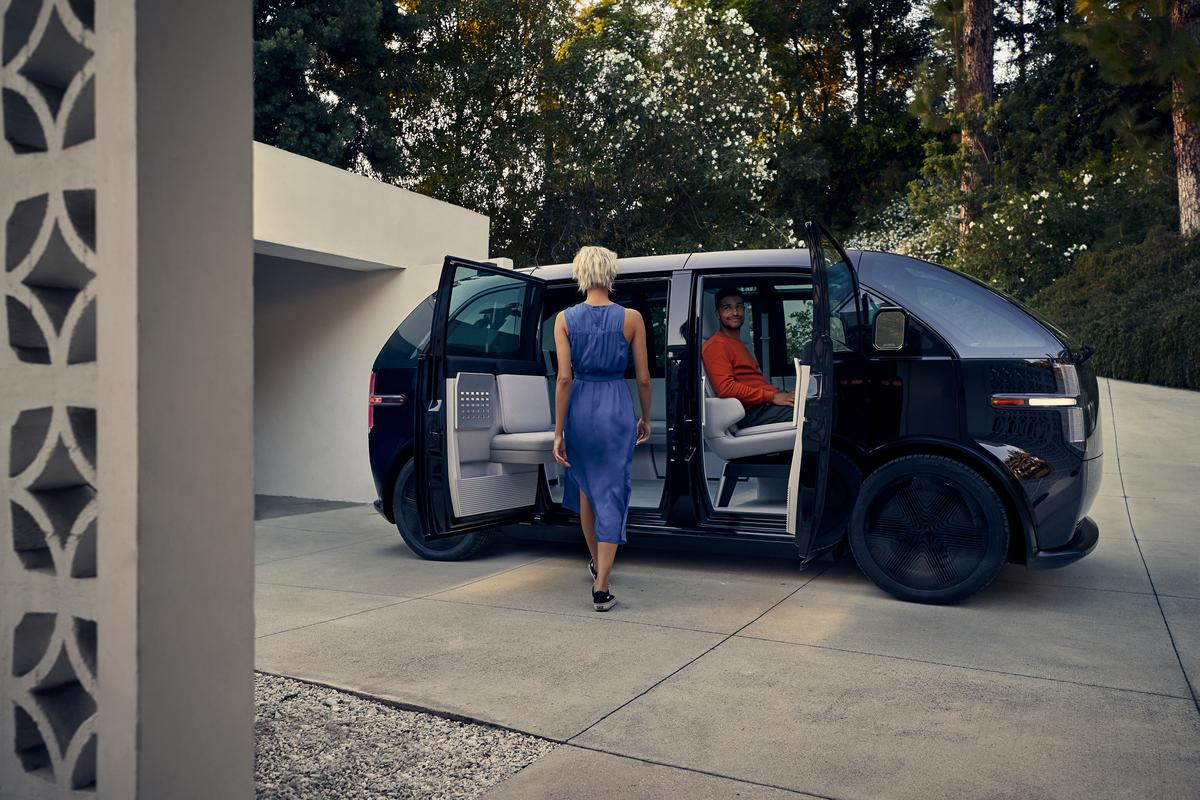 The canoo EV won't be available to buy, users sign up for a month-by-month subscription instead