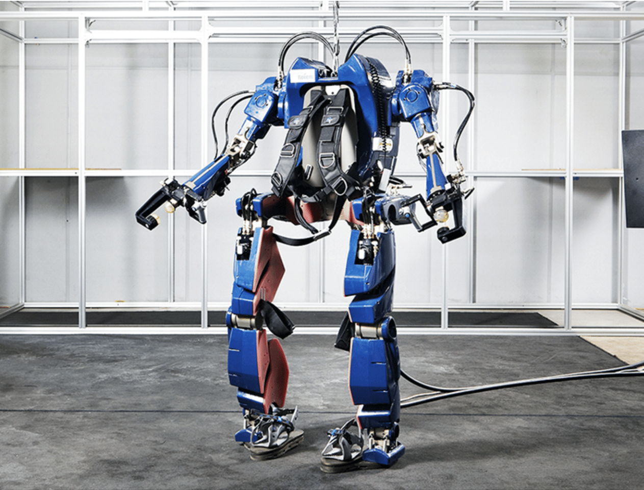 Hyundai's new exoskeleton looks pretty badass