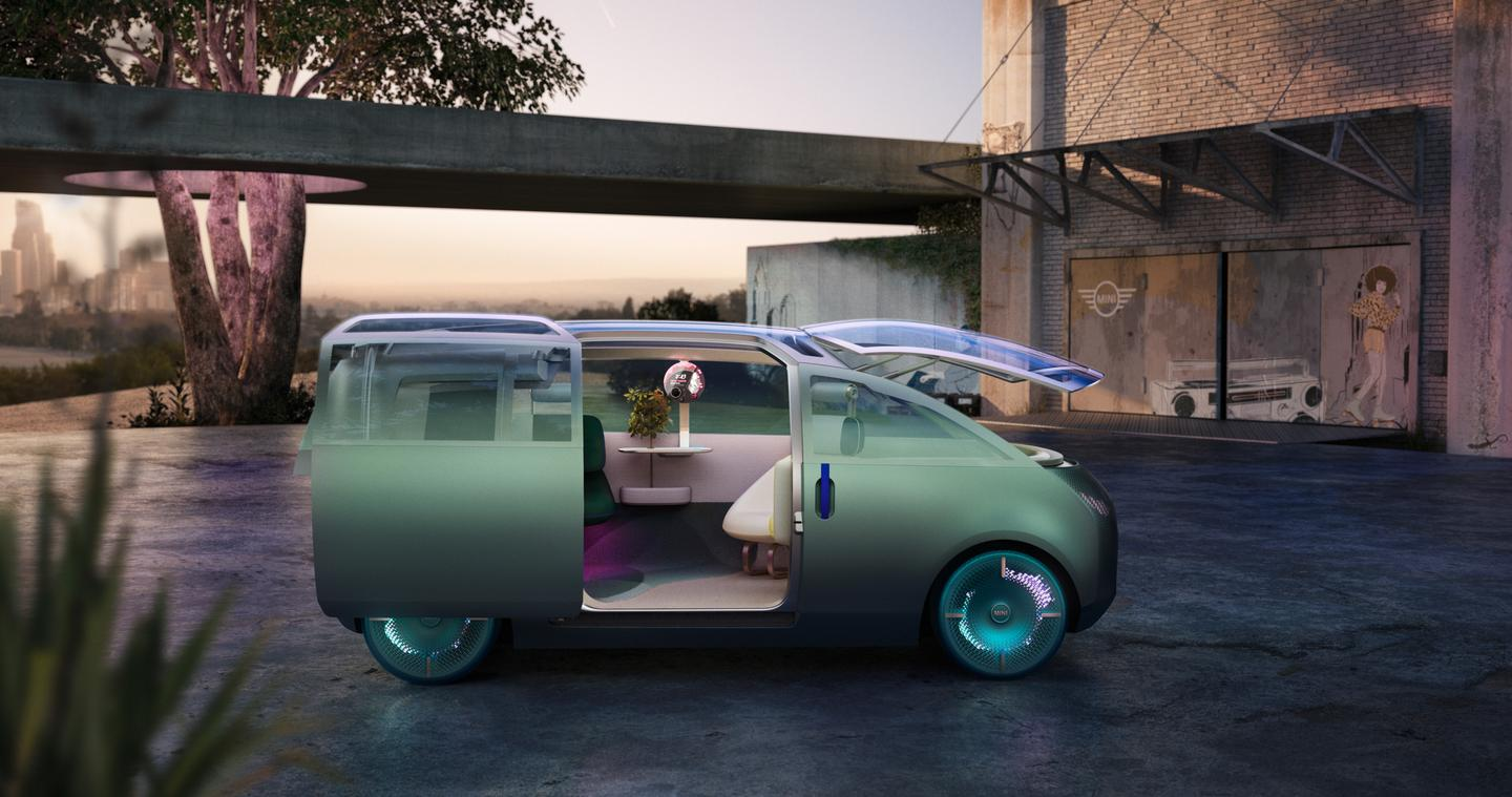 The Urbanaut has a single slide-and-swivel entry for all occupants