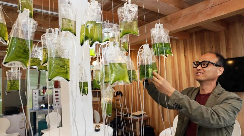 Professor Jaewon Cho at UNIST is leading a project focused on a waterless toilet that recycles human waste into biofuel