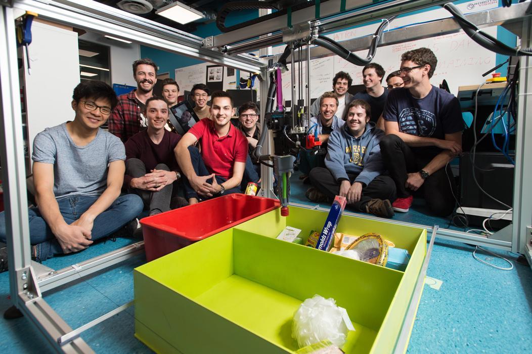The ACRVteam with the winningCartMan robot