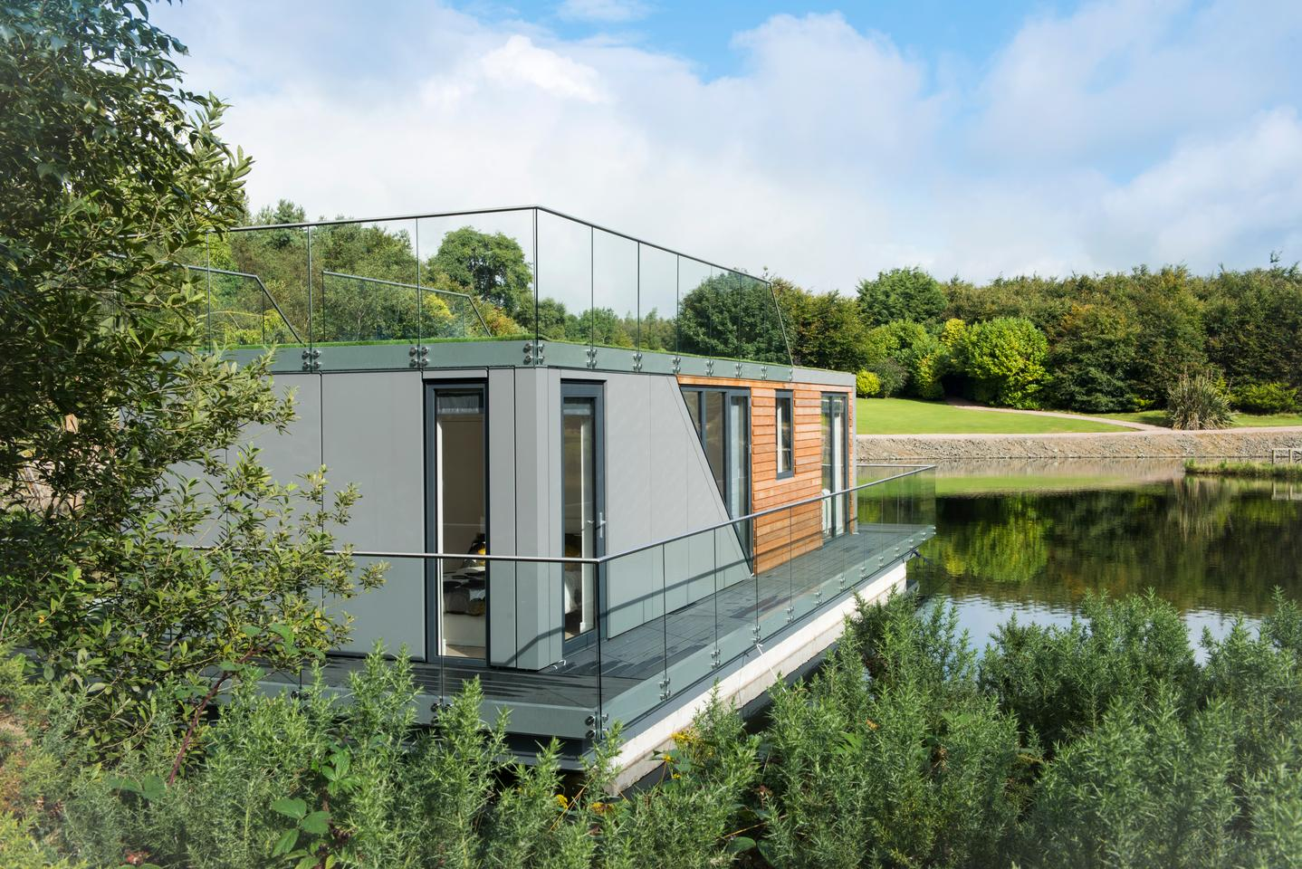 The goal of the recently-launched Bluefield Houseboats is to offer a luxurious living experience on the water