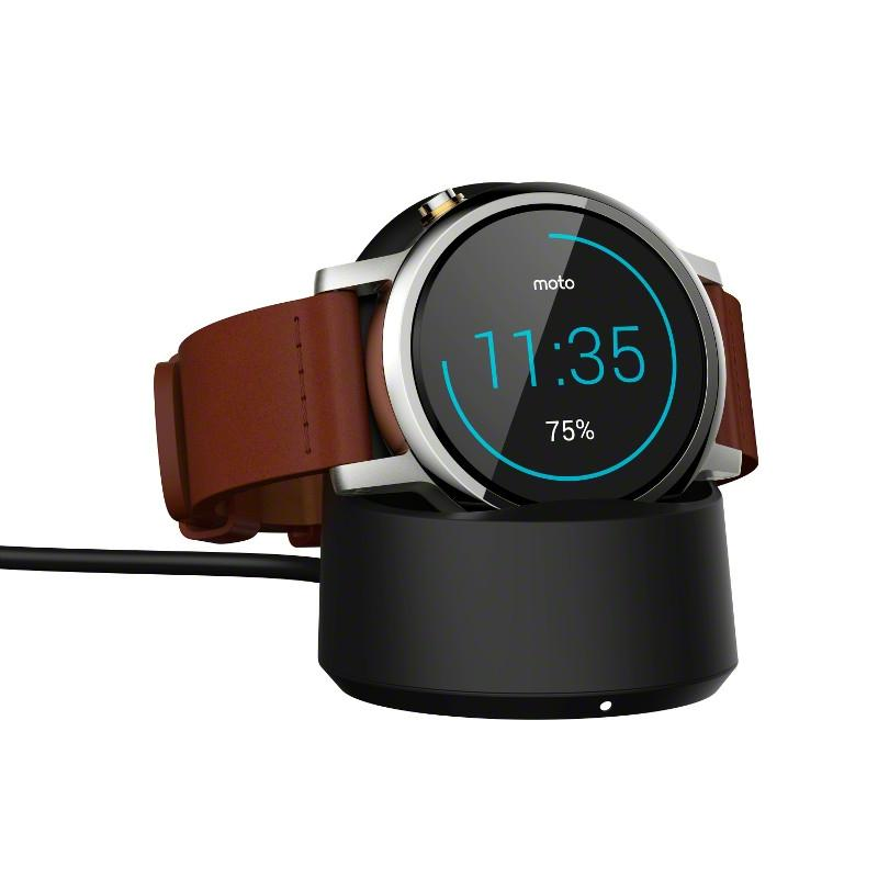The new Moto 360 comes in two sizes with a variety of band and color options