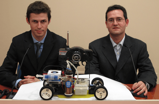 Aleix Llovet and Prof. Xavier Saluena with the dAlh2Orean
