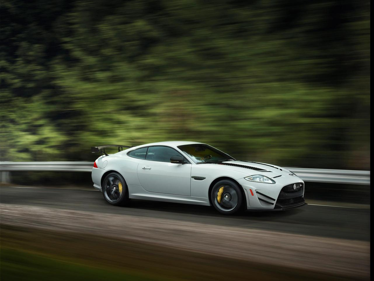 Jaguar brings track ready XKR-S GT to New York