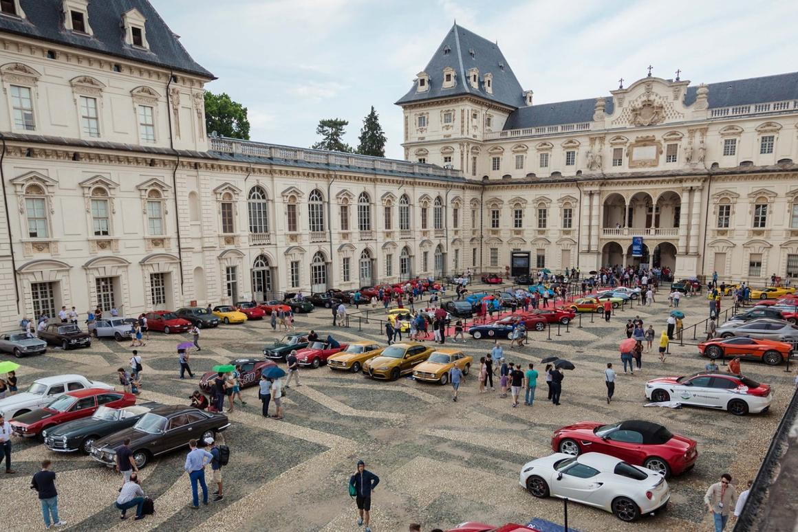 The first Parco Valentino Classic Concours for vintage cars was held last weekend and being run in conjunction with the open airParco Valentino - Salone dell'Auto di Torino, itlooks set to become a fixture on the world concourscalendar in a town with a spectacular automotive heritage. Here the cars line up inPiazza Vittorio Veneto in Turin.