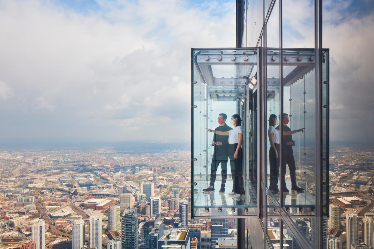 The Ledge's four glass boxes extend 4.3 ft (1.3 m) out from the Willis Tower, allowing visitors to gaze at the city below