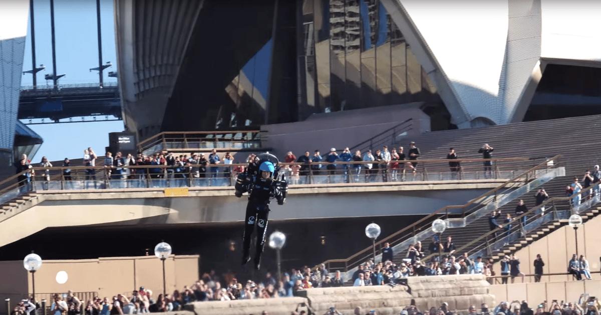 David Mayman flies the JB-10 jetpack around Sydney Harbour