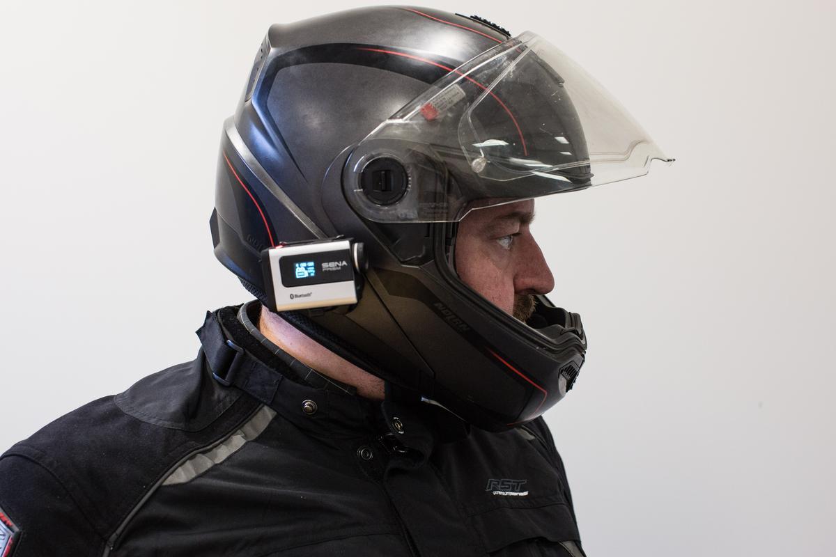 Sena Prism mounted on a Nolan N104 flip-face helmet (Photo: Chris Blain/Gizmag.com)