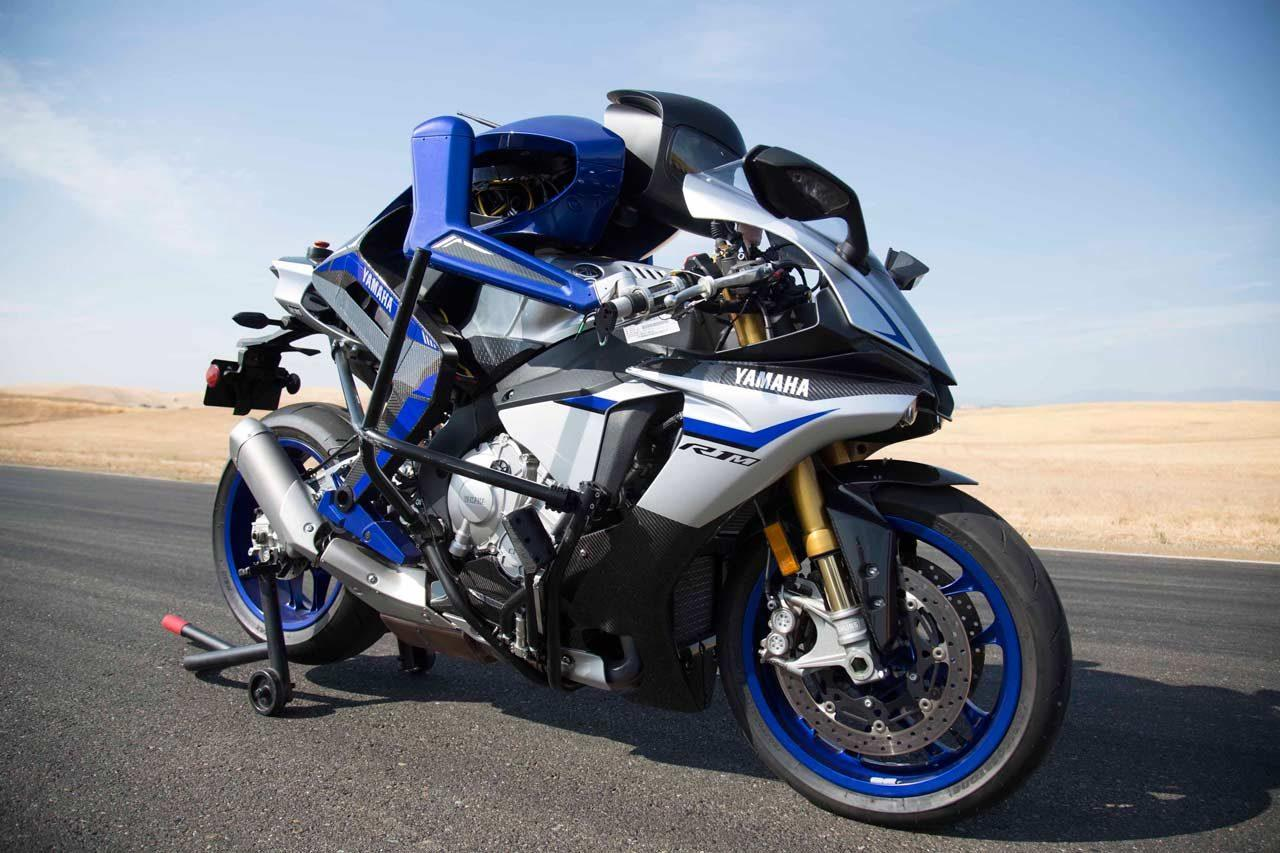 The Motobot is a robot autonomously riding an R1 superbike, and Yamaha suggests that by 2020 it will be able to contest nine-times MotoGP World Champion Valentino Rossi on the race track