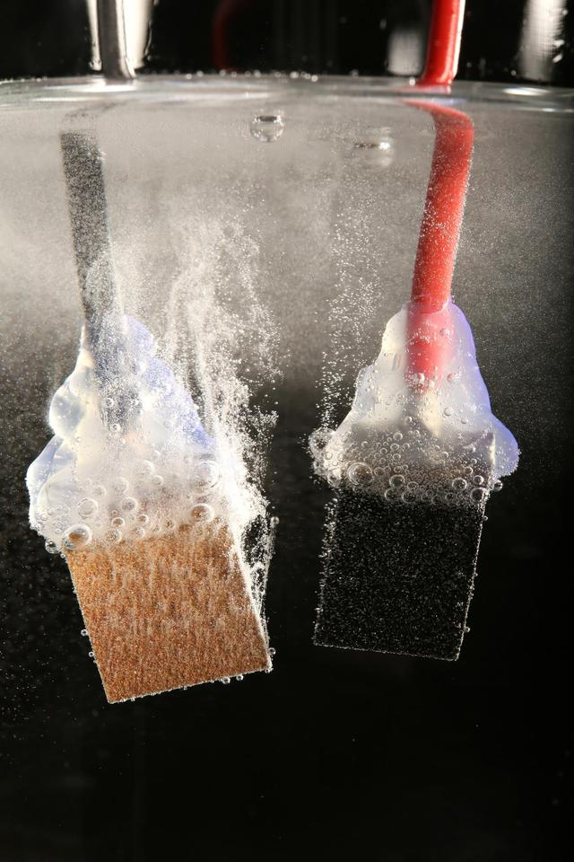 Researchers have used abundant perovskite as a solar absorber and nickel and iron catalysts in their solar water splitting system (Photo: EPFL)