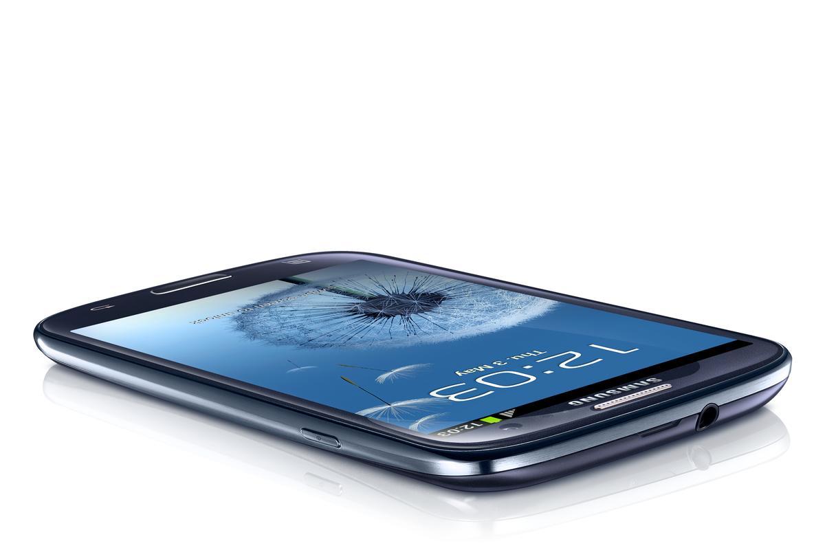 The Samsung Galaxy S3 smartphone (Image: Samsung)