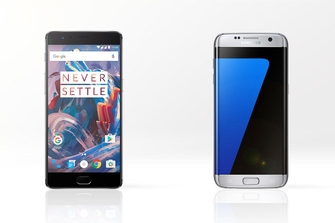 It's similar specs and a huge difference in price, as we compare the OnePlus 3(left) and Samsung Galaxy S7 edge