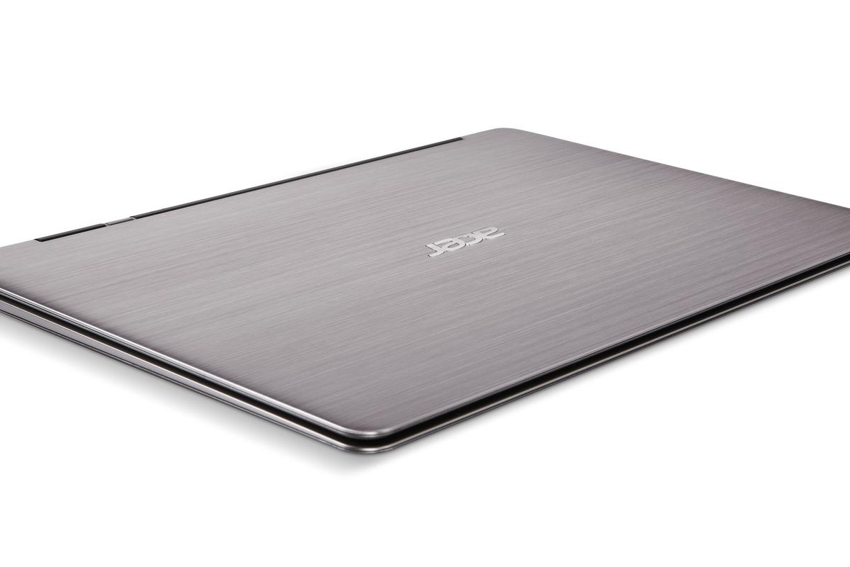 Acer has unveiled its first 13.3-inch Ultrabook at IFA 2011 - the Aspire S3, which we got the chance to have a closer look at, and were left less than impressed