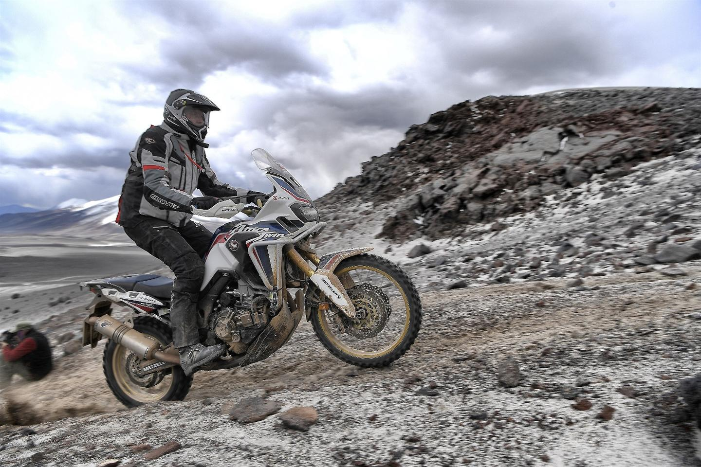 Honda demonstrates Africa Twin's skills at record altitude