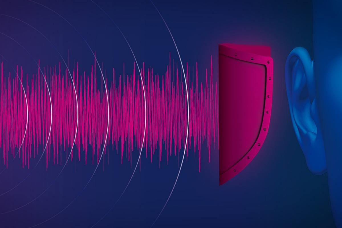 Mercedes-Benz is using pink noise to reduce hearing damage in car accident victims