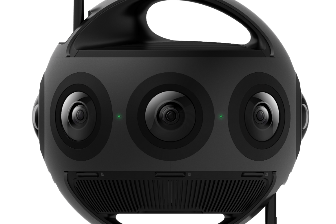 Eight micro 4/3rds sensors around the outside give the Insta360 Titan some very powerful imaging capability