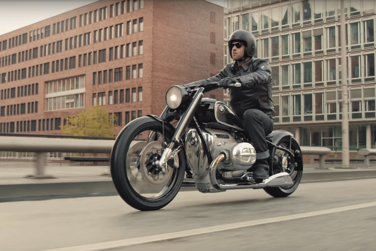 Harley still rules the cruiser marketplace globally, having sold 228,000 hogs last year, compared to BMW's worldwide sales of 165,000 motorcycles across myriad segments ... but the new BMW 1.8 liter boxer engine seems to fulfill all the criteria required to give both Harley and Indian a run for their money.