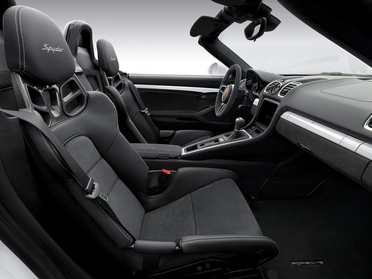 The 2016 Porsche Boxster Spyder interior