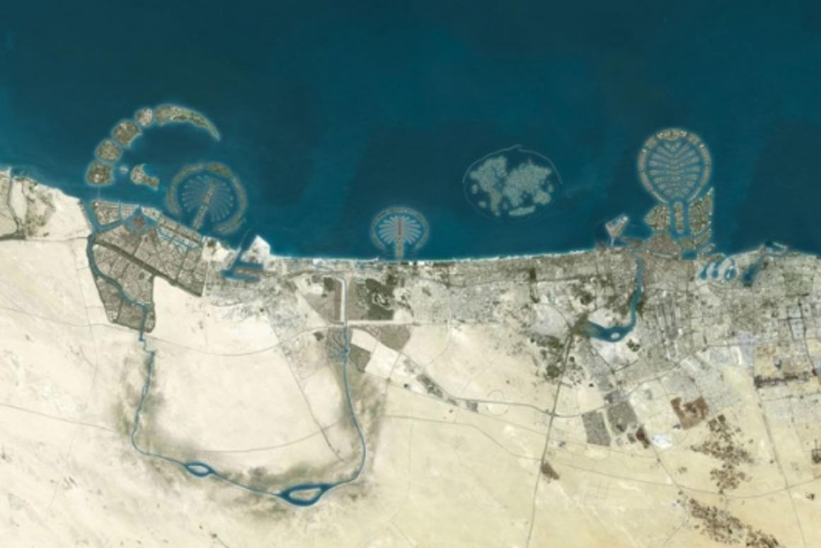 That's the Palm Deira on the right, next to the World, then Palm Jumeirah, then Palm Jebel Ali on the left. Check out the great piccies and renderings in the photo library and all the links inside.