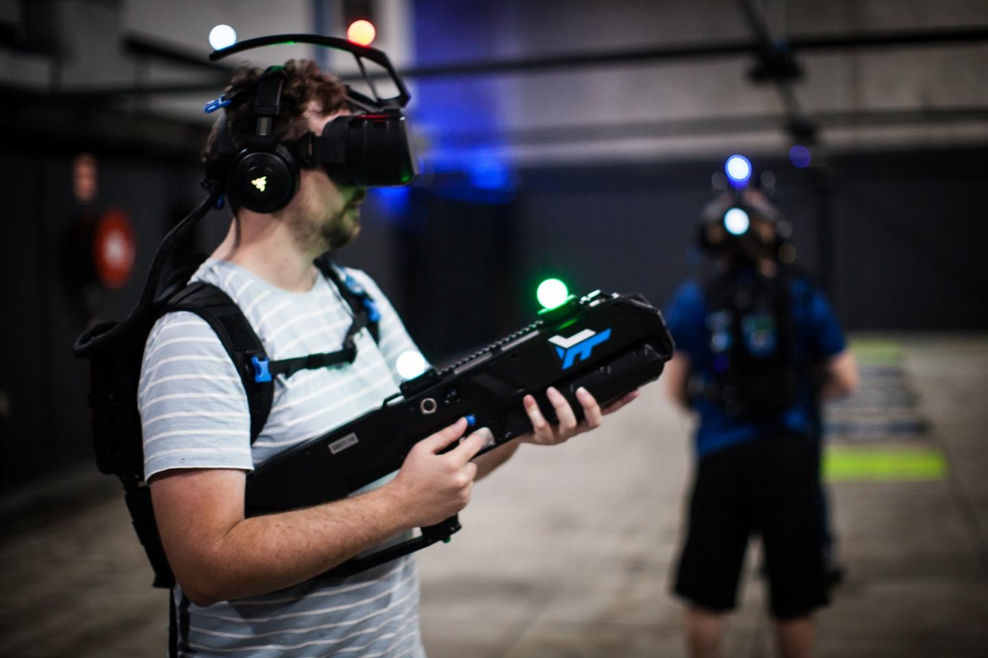 The Zero Latency system tracks players through glowing orbs on their heads and weapons