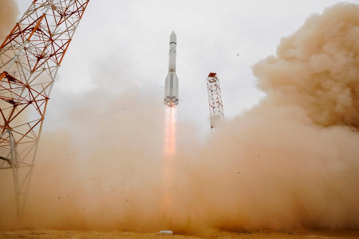 After a successful launch, ExoMars 2016 is on its way to Mars